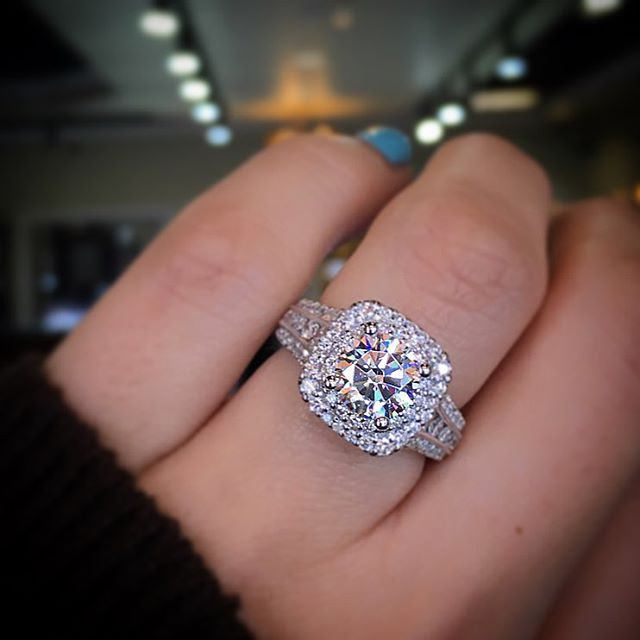 Engagement Ring Shopping With Your Fiancee Power Brands Singapore