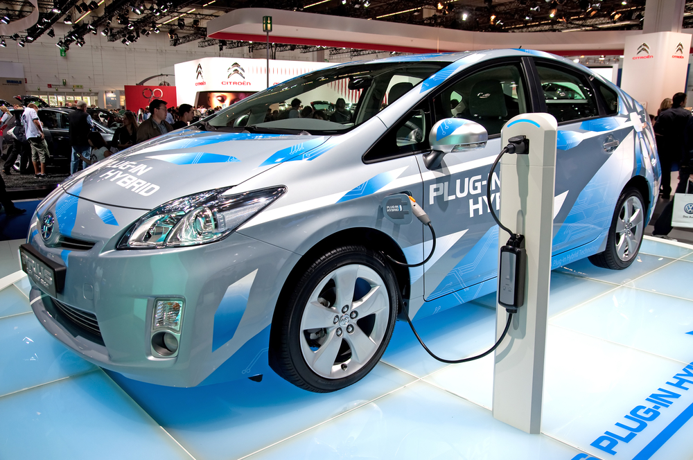 Electric_Vehicle_EV_used_as_an_alternative_of_energy_conservation_of_oil
